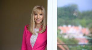 Таня Димитрова пред Informo: Българите да стоят там, където са, с по-малко контакти и изолиране заради коронавируса