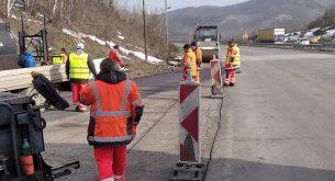 """30 т отпадъци са почистени в участъка от АМ """"Марица"""" преди границата с Турция"""