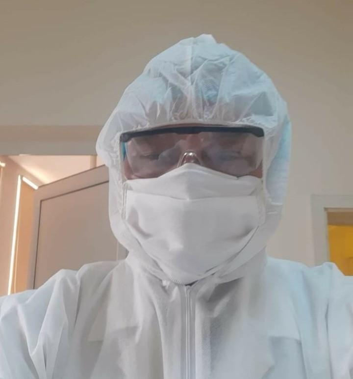 10-и месец народният представител от ГЕРБ д-р Емил Тончев работи като  доброволец в болницата в Разлог