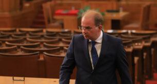 Радомир Чолаков пред Informo: Ако ГЕРБ не участва в правителството, следващият парламент ще повтори съдбата на 45-ия