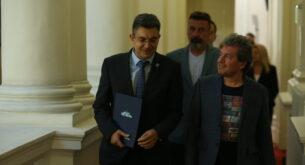 Тошко Йорданов: Няма да подписваме коалиционни споразумения
